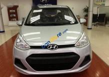 Bán Hyundai Grand i10 đời 2015, màu bạc, xe đăng ký tháng 8/2015, 1 lái đi giữ gìn từ mới