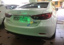 Cần bán lại xe Mazda 6 2.0 AT năm 2015, màu trắng