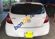 Cần bán gấp Hyundai i20 sản xuất 2013, màu trắng chính chủ
