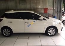 Bán Toyota Yaris đời 2016, màu trắng, xe đi 6000km, bản máy mới, tên cá nhân chính chủ đi từ mới