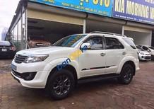 Cần bán gấp Toyota Fortuner TRD Sportivo 4x2 đời 2014, màu trắng, xe không bị tai nạn, không ngập nước