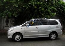 Xe Toyota Innova 2.0G sản xuất 2013, màu bạc