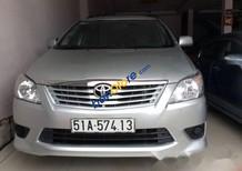 Cần bán lại xe Toyota Innova đời 2013, màu bạc, giá 520tr