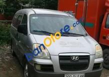 Cần bán gấp Hyundai Starex năm 2003, màu bạc, nhập khẩu nguyên chiếc