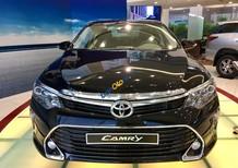 Cần bán Toyota Camry 2.5Q sản xuất năm 2018, màu đen