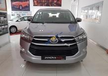 Bán Toyota Innova 2.0G sản xuất năm 2017, màu bạc, giá tốt