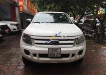 Cần bán xe Ford Ranger XLS 2.2L 4x2 AT sản xuất 2014, màu trắng, xe đi rất ít zin 5 vạn km