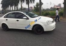 Cần bán lại xe Daewoo Lacetti sản xuất năm 2005, màu trắng, giá tốt