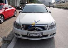 Bán ô tô Mercedes C250 CGI đời 2010, màu trắng, còn tốt, máy móc nguyên bản.