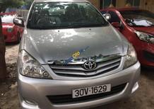 Bán Toyota Innova đời 2009, màu bạc