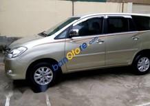 Cần bán Toyota Innova G đời 2010, màu vàng