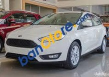 Bán ô tô Ford Focus Titanium 1.5 AT năm 2018, màu trắng, 580tr