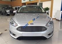 Cần bán Ford Focus Titanium 1.5 Ecoboost năm 2017, màu bạc, xe nhập