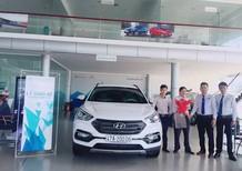 Hyundai Elantra 1.6 MT. Hỗ trợ vay 85% giá trị xe -. Hotline đặt xe: 0935.90.41.41 - 0948.94.55.99