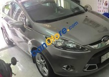 Cần bán gấp Ford Fiesta 1.6 AT 2013 xe gia đình