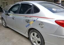Bán Hyundai Avante 1.6AT màu bạc, số tự động, sản xuất 2013, biển Sài Gòn, đi 28000km