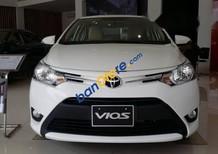 Bán ô tô Toyota Vios đời 2017, màu trắng, giá tốt