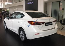 Mazda 3 1.5 Sedan Facelif đời 2018, trả góp 90%. Liên hệ ngay hotline 0908.969.626 để nhận chính sách giá tốt nhất