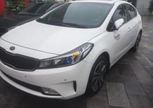 Cần bán Kia Cerato năm 2018 màu trắng, gọi: 0966199109