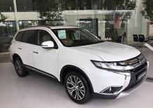 Cần bán Mitsubishi Outlander 2.4 CVT 2017, màu trắng, nhập khẩu