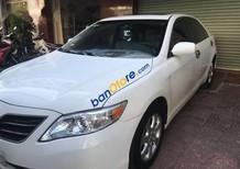 Bán Toyota Camry LE đời 2011, màu trắng chính chủ, 999tr