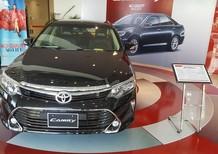 Bán Toyota Camry 2.0E giá ưu đãi, tặng tiền mặt, phụ kiện chính hãng, hỗ trợ mua xe trả góp, Hotline 0987404316