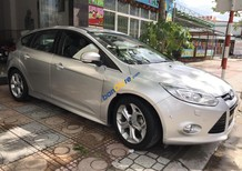 Cần bán gấp Ford Focus đời 2013, màu bạc, 530 triệu