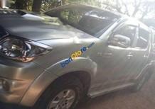 Bán xe Toyota Hilux 3.0G 4x4 MT sản xuất 2010, màu bạc, nhập khẩu