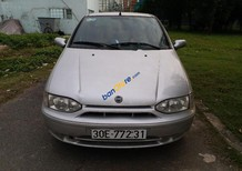 Cần bán Fiat Siena HLX 1.6 đời 2003, màu bạc