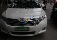 Cần bán Toyota Venza Limited đời 2010, màu trắng, xe nhập, tư nhân chính chủ