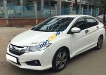 Bán xe Honda City 1.5AT sản xuất 2015, màu trắng xe gia đình