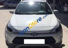 Bán Hyundai i20 Active 1.4AT đời 2016, màu trắng, xe nhập