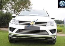 Bán Volkswagen Touareg, màu trắng, nhập khẩu nguyên chiếc Đức
