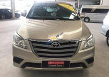 Cần bán gấp Toyota Innova E 2015, màu nâu