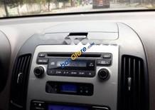 Cần bán Hyundai i30 CW 1.6AT 2009, màu bạc, xe nhập số tự động, giá chỉ 366 triệu
