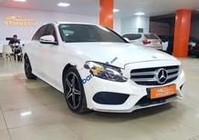 Cần bán gấp Mercedes C250  AMG sản xuất 2015, màu trắng, nhập khẩu nguyên chiếc