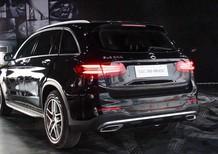 Bán Mercedes GLC300 đời 2018, màu đen