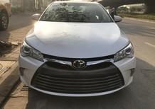 Bán Toyota Camry XLE 2.5 nhập Mỹ 2017, mới 100%. Bản full option, xe giao ngay