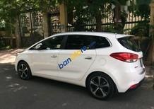 Bán ô tô Kia Rondo AT đời 2016, màu trắng xe gia đình, giá tốt