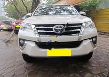 Cần bán xe Toyota Fortuner 2.7V đời 2016, màu trắng, nhập khẩu