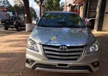 Cần bán lại xe Toyota Innova đời 2014, màu bạc, giá 610tr