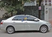 Chính chủ bán xe Toyota Vios 1.5G đời 2011, màu bạc