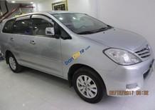 Bán Toyota Innova đời 2010, màu bạc