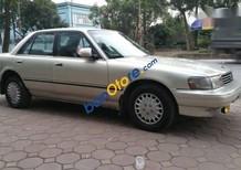 Cần bán lại xe Toyota Cressida sản xuất 1994, màu ghi vàng