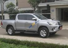 Bán Toyota Hilux MT 2015, màu bạc, xe nhập