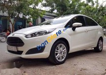 Bán gấp Ford Fiesta 1.5AT đời 2015, màu trắng số tự động, giá tốt