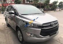 Cần bán Toyota Innova năm 2017, màu xám, đời 2017 (ghi)