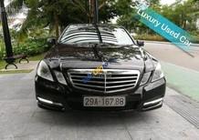 Cần bán Mercedes E250 năm 2010, màu đen