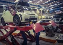 Cần bán lại xe Toyota IQ đời 2012, màu trắng, nhập khẩu nguyên chiếc