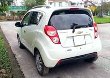 Cần bán Chevrolet Spark LTZ 1.0, số tự động, màu trắng, đời 2015, xe gia đình